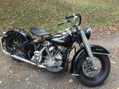 1952_Harley_Panhead_El2C_Police_Bike_61ci.jpg